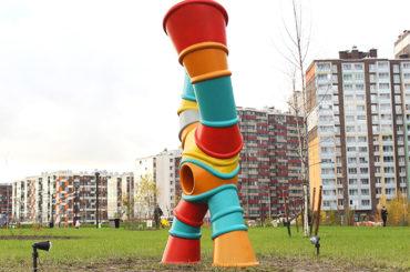 Мега Парк украсили арт-объектами