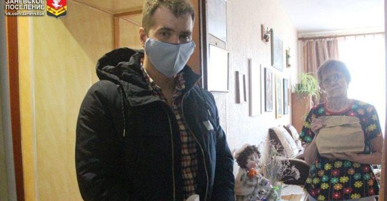 Благотворители Заневского поселения развозят горячие обеды