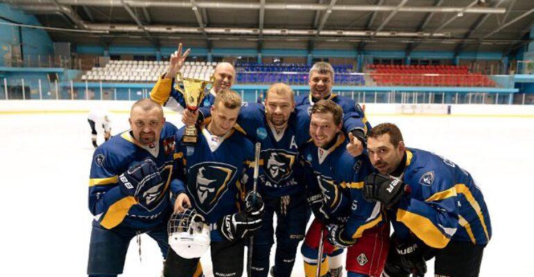 Кудровские хоккеисты – в призерах первенства СПбХЛ 2019/2020
