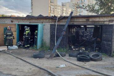 В Янино-1 произошел пожар