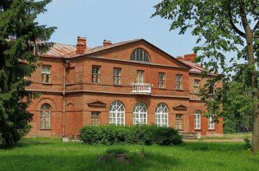 Маршрут выходного дня: где гостили и творили Пушкин и Крылов