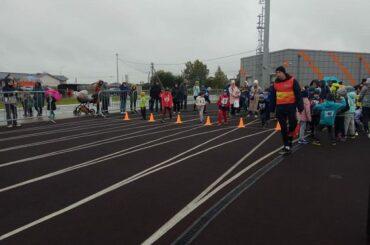 Быстрее ветра: в Янино-1 прошли соревнования по легкой атлетике